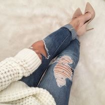 Nude pumps casual