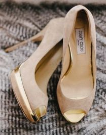Nude pumps jimmy choo gold heel